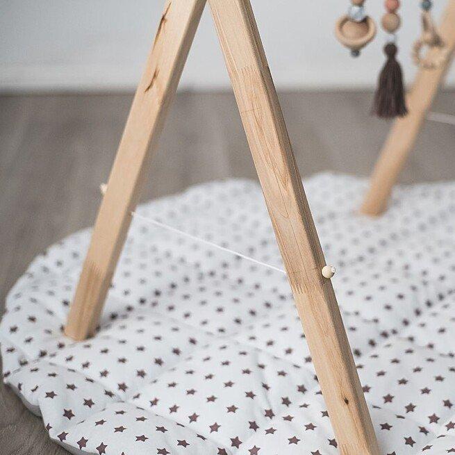 Bespalvis lavinamasis stovelis su virvele