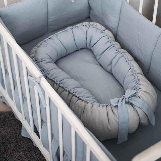 Melsvas lininis gultelis