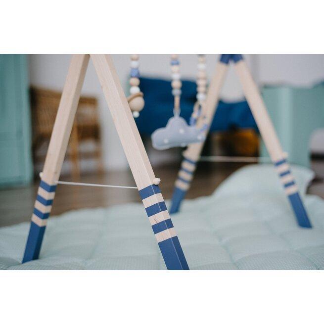 Melsvas lavinamasis stovelis su virvele