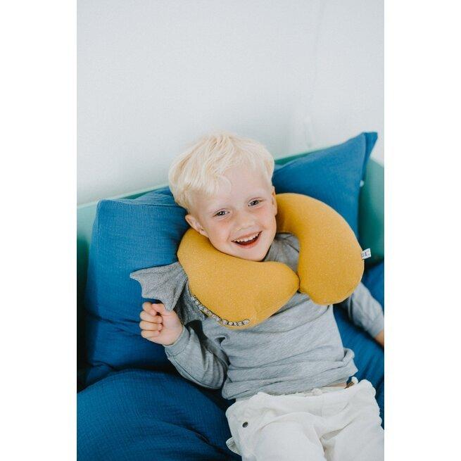 """Kelioninė garstyčių spalvos pagalvėlė """"Drakonas"""""""