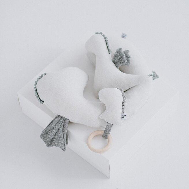 """Kelioninė balta pagalvėlė """"Drakonas"""""""